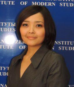 Жанар, переводчик китайского